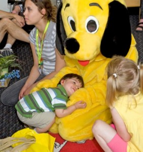 Yellow Dog hug