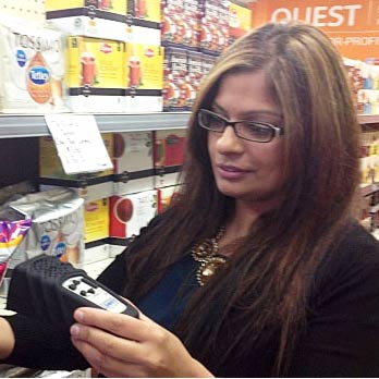 Deaf and blind able to shop alone at non-profit grocery store